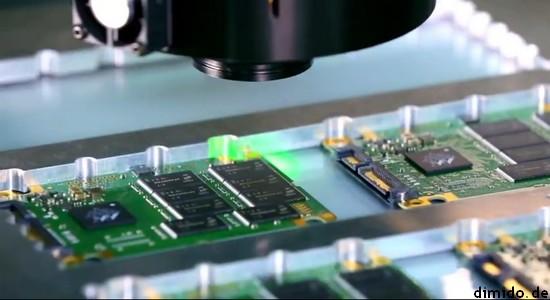 YouTube: Wie wird eine SSD gefertigt